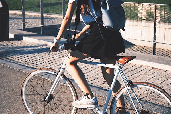 クロスバイク_初心者でも乗りやすい