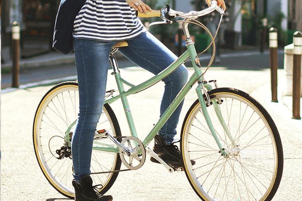 通勤女性_クロスバイク