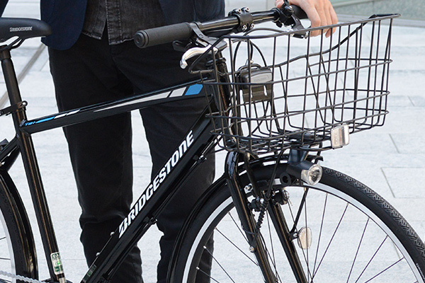 クロスバイクのカゴは利便性が良い?